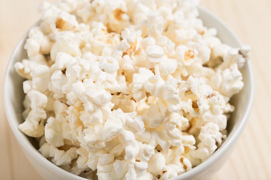 Eating popcorn with chopstix